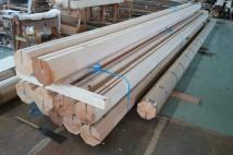 長さ7700mmの八角柱